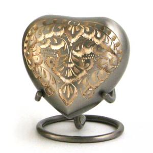 Classic Platinum Heart Keepsake