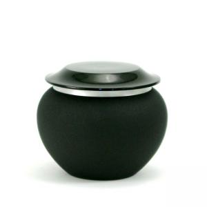 Pagoda Onyx Extra Small Pet Urn