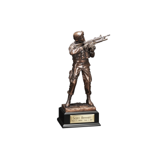 Army Infantry - Sculpted Army Soldier with Base