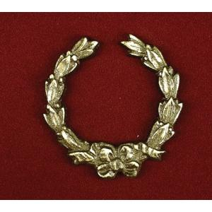 Bold Wreath, Urn Applique